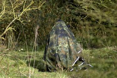 Zo maak je zelf een lichtgewicht camouflagedoek